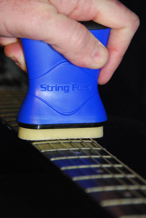 String Cleaner And Lubricant For Guitars String Fuel